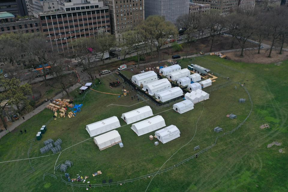 Emergency field hospital built in Central Park