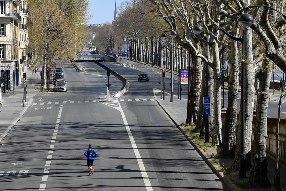 Coronavirus precautions in Paris lockdown empty streets