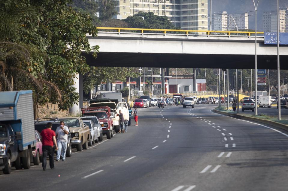 Venezuelans Suffer Fuel Shortage Amid Coronavirus Pandemic