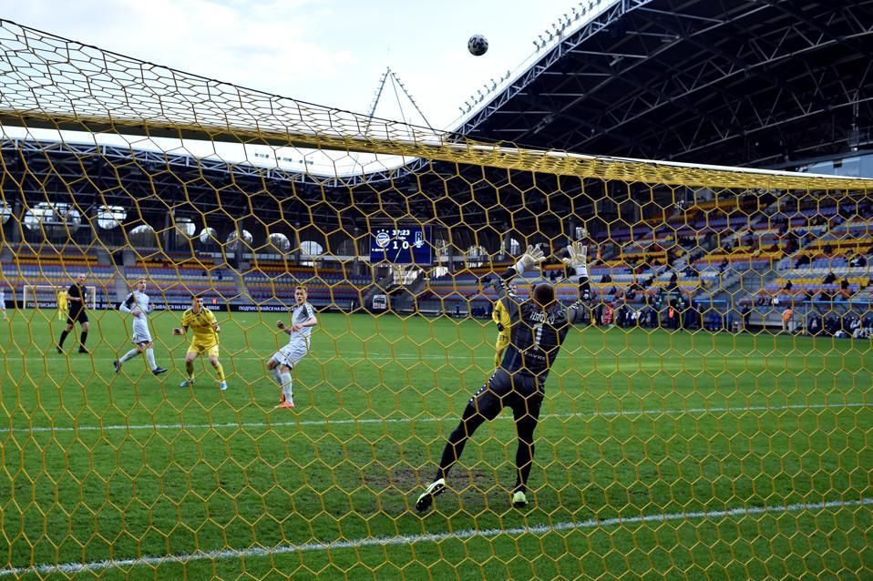 FC BATE Borisov vs FC Rukh: Belarus Premier League