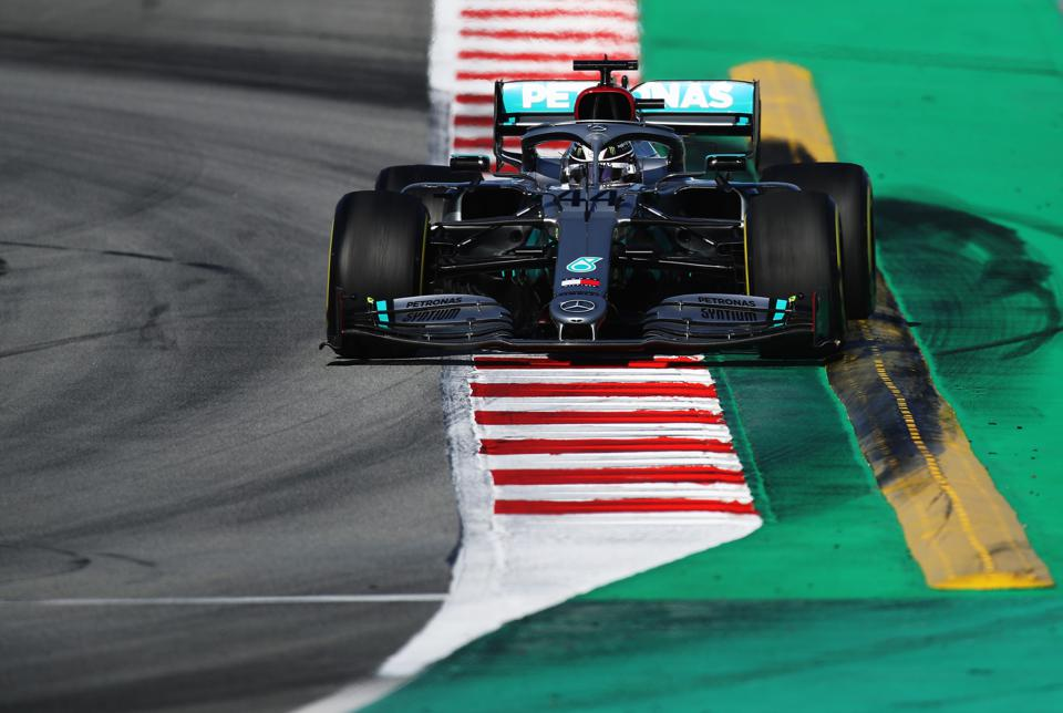Mercedes will begin its F1 title defence this weekend (Mark Thompson/Getty Images)