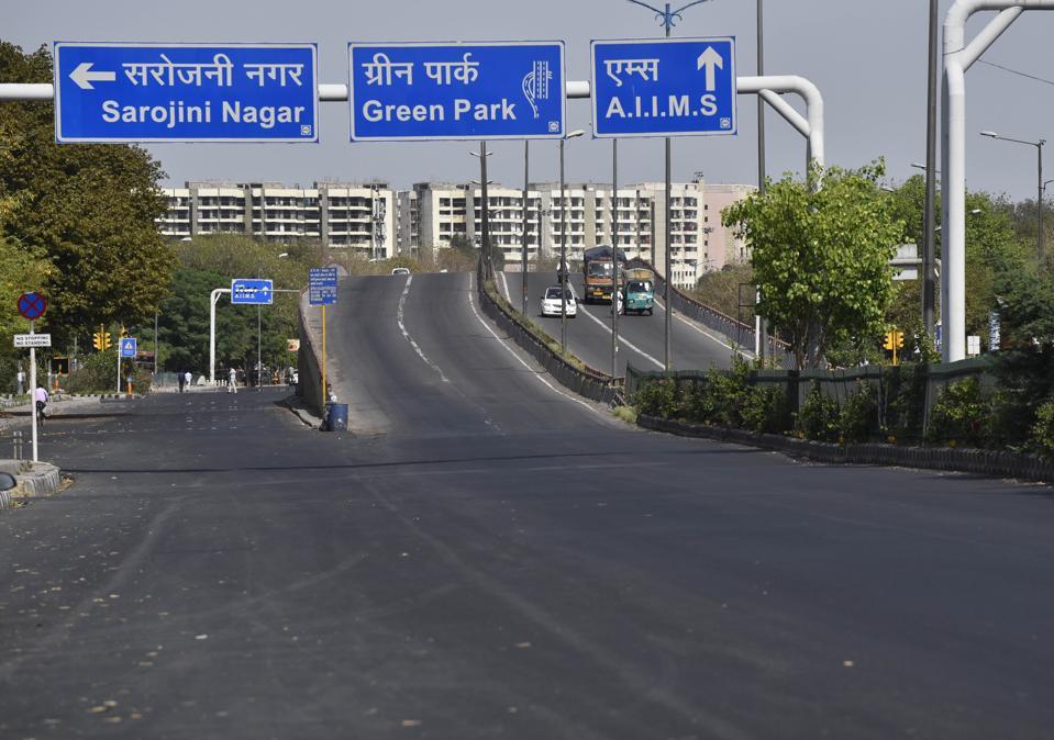 India Lockdown Coronavirus less air pollution and cars new delhi cleaner air
