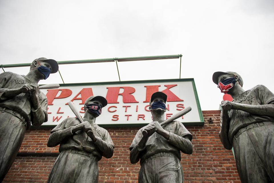 Boston Red Sox Teammates statue