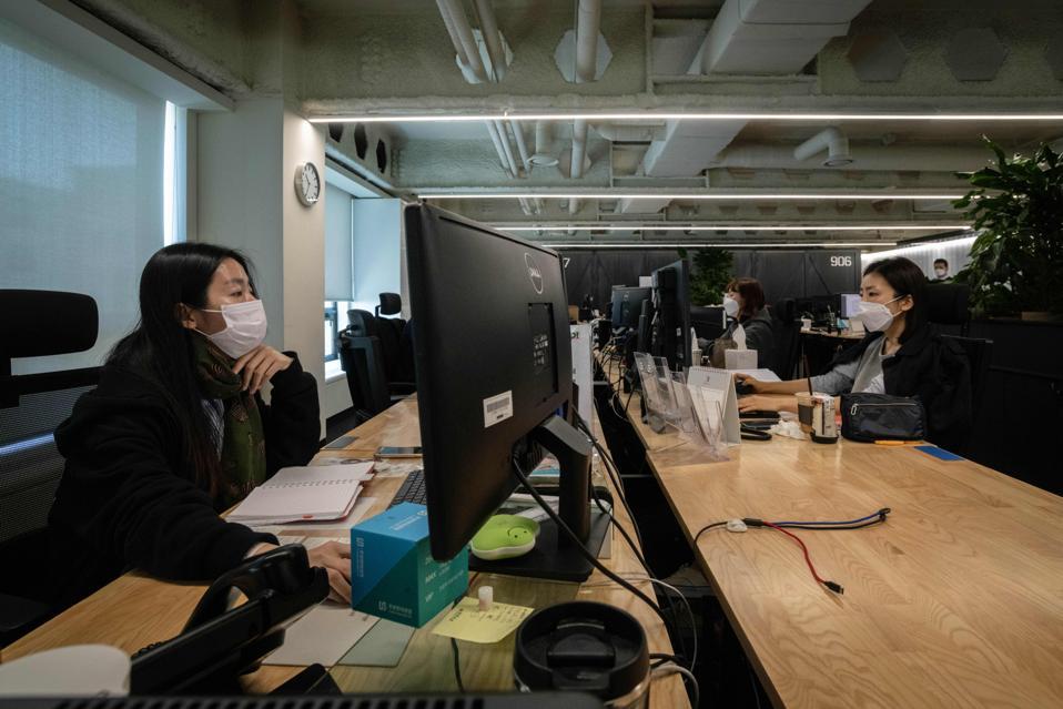 Распространение коронавируса в офисе: Как обезопасить себя?