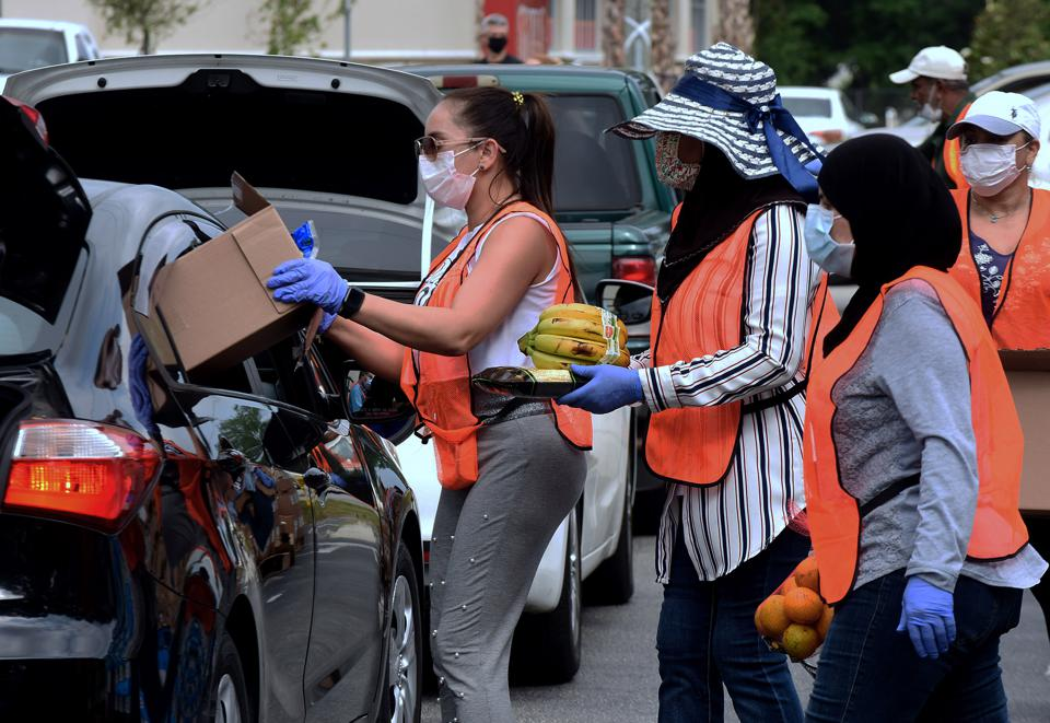 Orlando Food Bank Provides Assistance During Coronavirus Pandemic