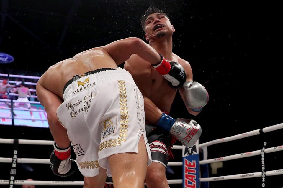 Mikey Garcia vs Jessie Vargas results weekend highlights video