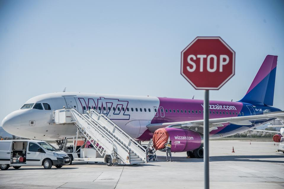 Coronavirus travel ban international tourists europe Wizz Air flying again