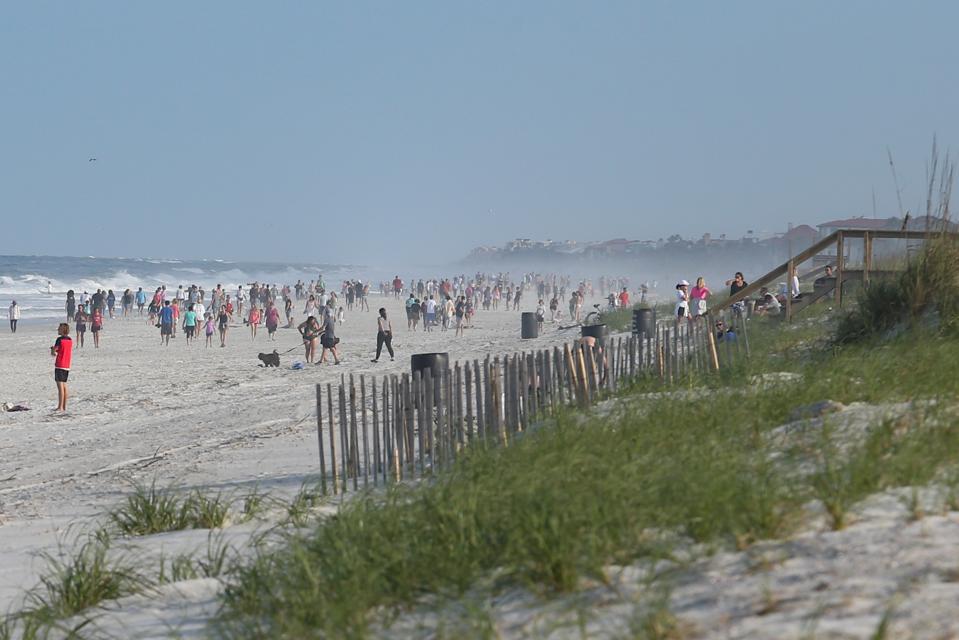 Photos Florida Governor Opens Beaches