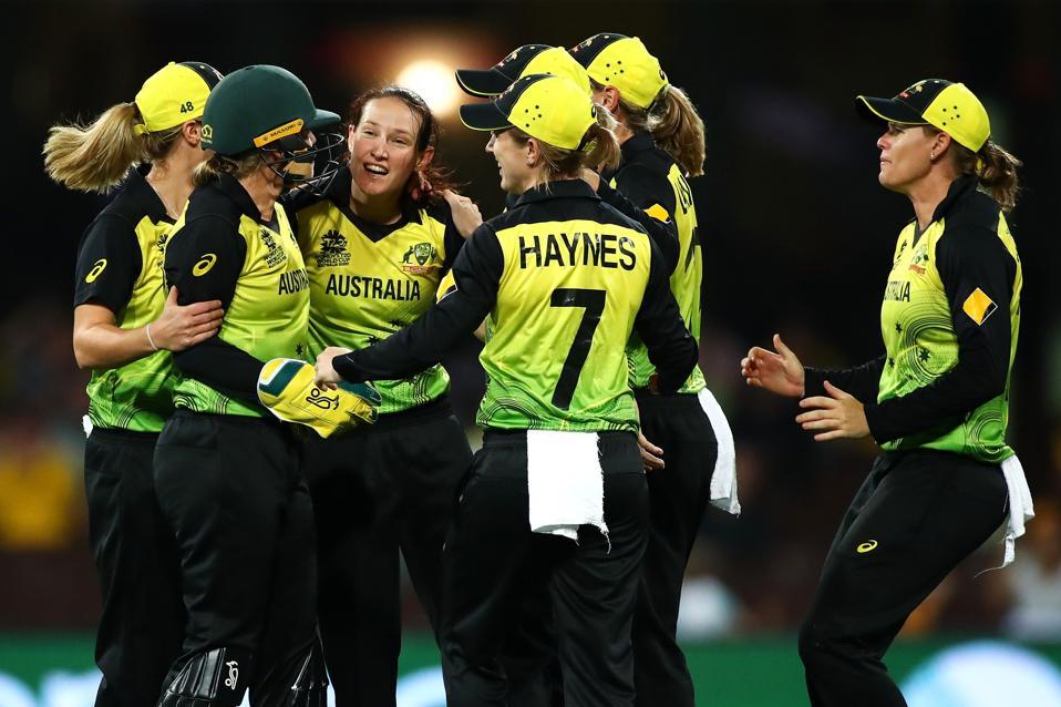 Semi Final 2 - ICC Women's T20 Cricket World Cup: Australia v South Africa