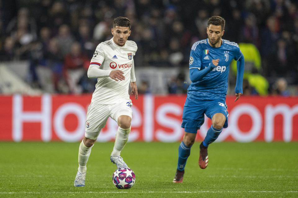 Lyon V Juventus