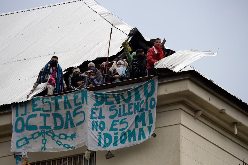 ARGENTINA-HEALTH-VIRUS-PRISON-RIOT