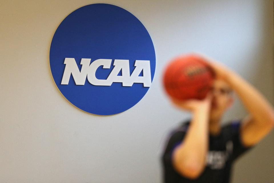 Coronavirus Cases Causes Johns Hopkins To Ban Fans At NCAA Division III Basketball Tournament