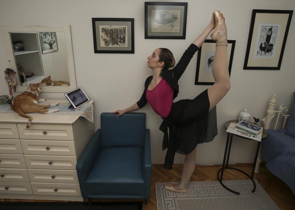 Ballerina turns home into dance studio
