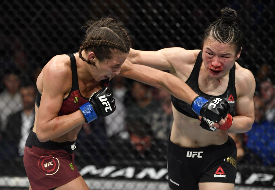 Weili Zhang and Joanna Jedrzejczyk put on a great fight at UFC 248