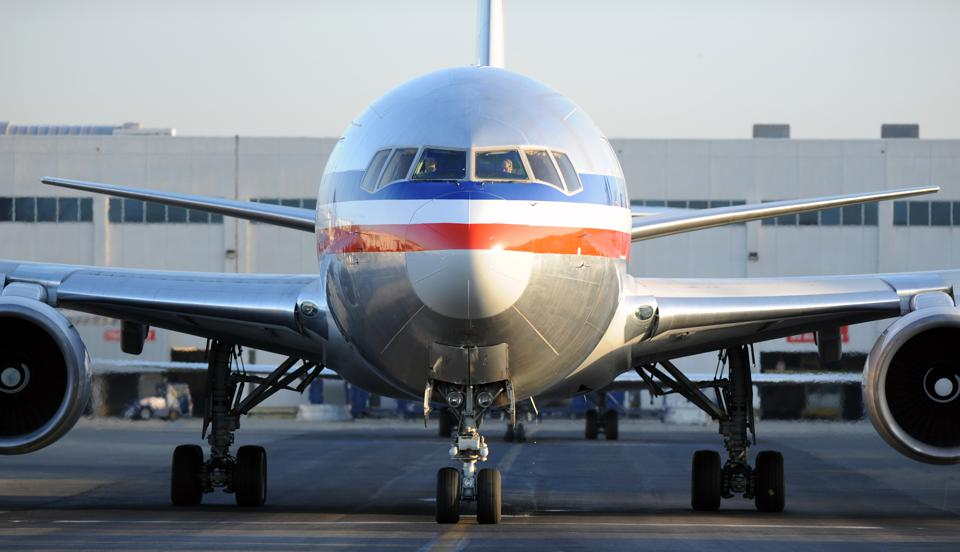 Airport Tarmac Activity at Los Angeles International Airport (LAX)