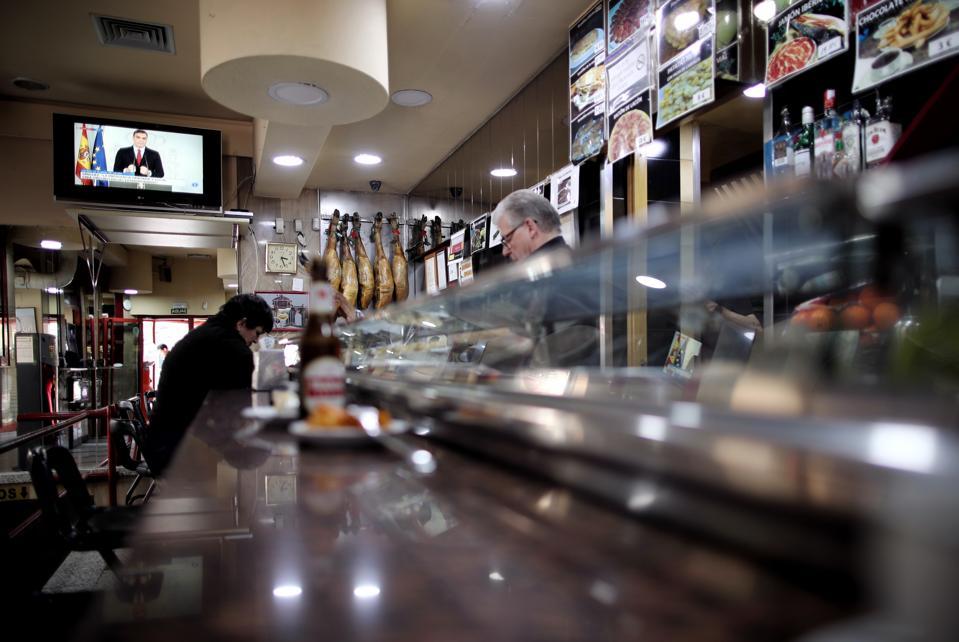 Closure Of Bars And Restaurants In Madrid From Tomorrow Due To Coronavirus