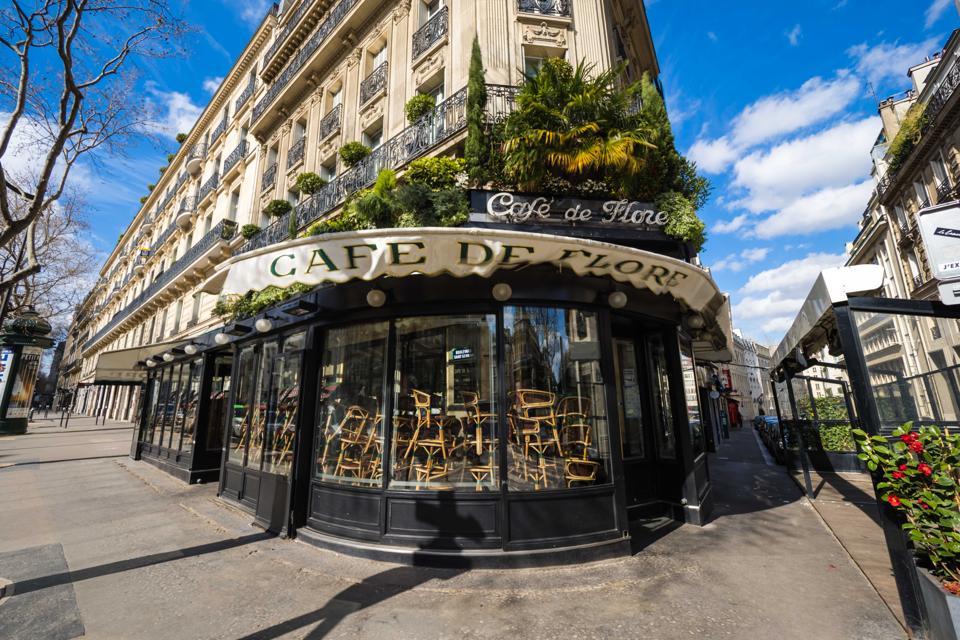 Coronavirus Paris empty lockdown streets cafes empty Cafe de Flore closed