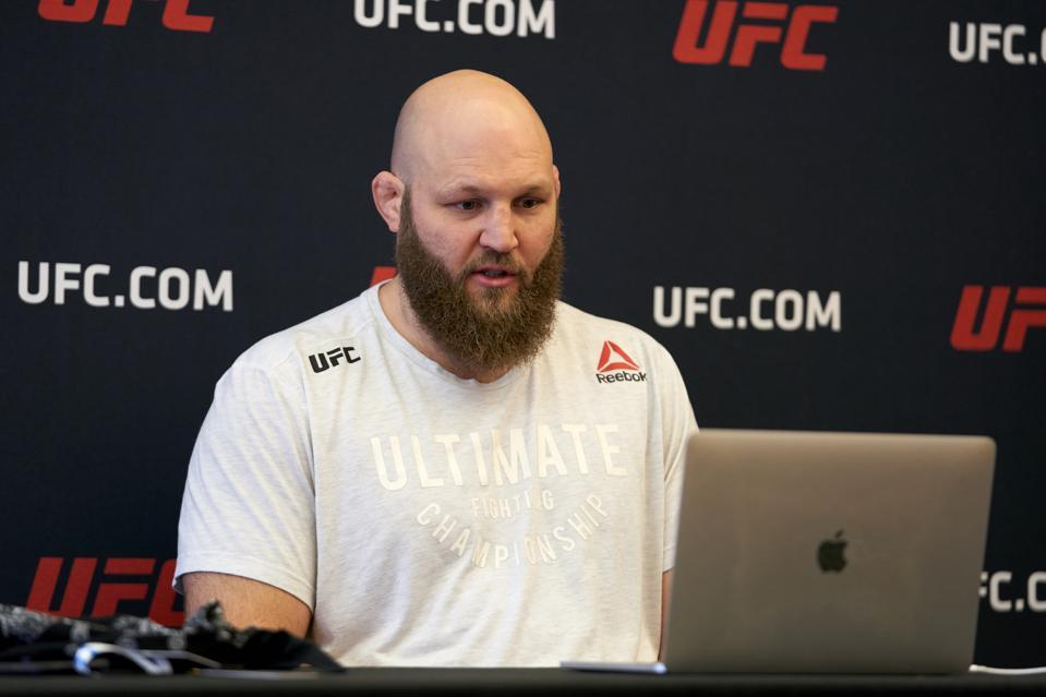 UFC Fight Night Smith v Teixeira:  Previews