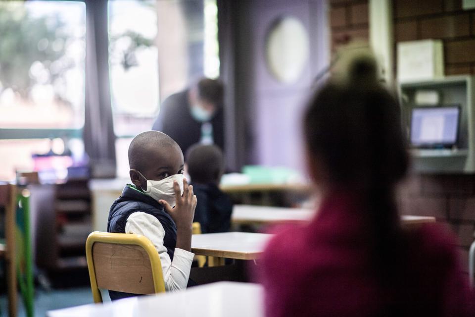 FRANCE-HEALTH-VIRUS-SCHOOL-EDUCATION