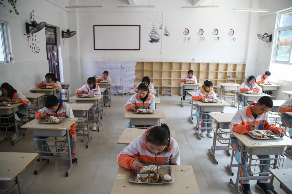 Secondary Schools Partly Resume Classes In Zunyi