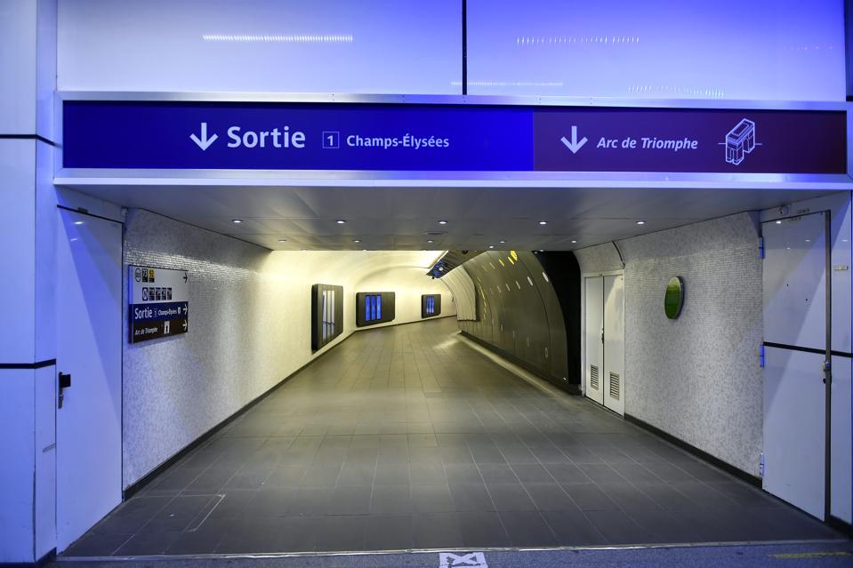 Paris Coronavirus Lockdown streets metro empty