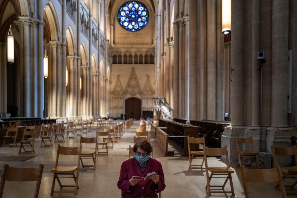 FRANCE-HEALTH-VIRUS-RELIGION