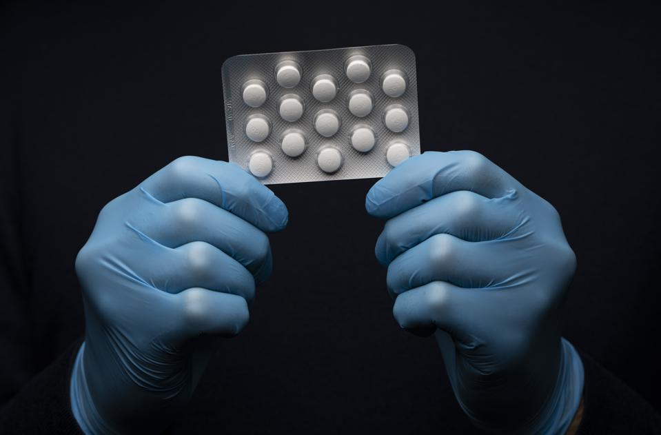 A pack of hydroxychloroquine medication
