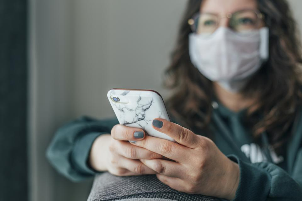 How Social Media Is Making The Spread of Coronavirus Worse.