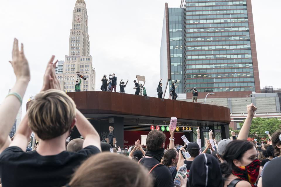 Violent protest against police killing of George Floyd in NYC