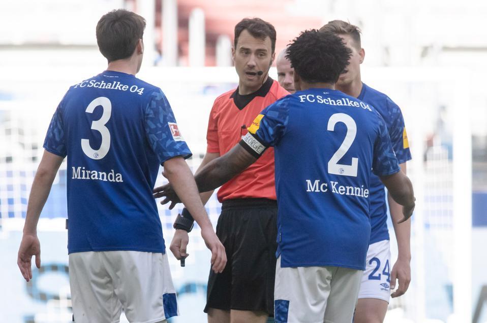 FC Schalke 04 v Werder Bremen - Bundesliga. Weston McKennie armband tribute George Floyd.