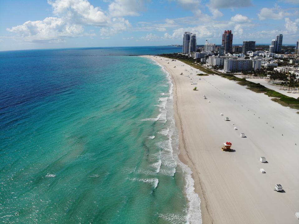 South beach miami florida empty because of coronavirus