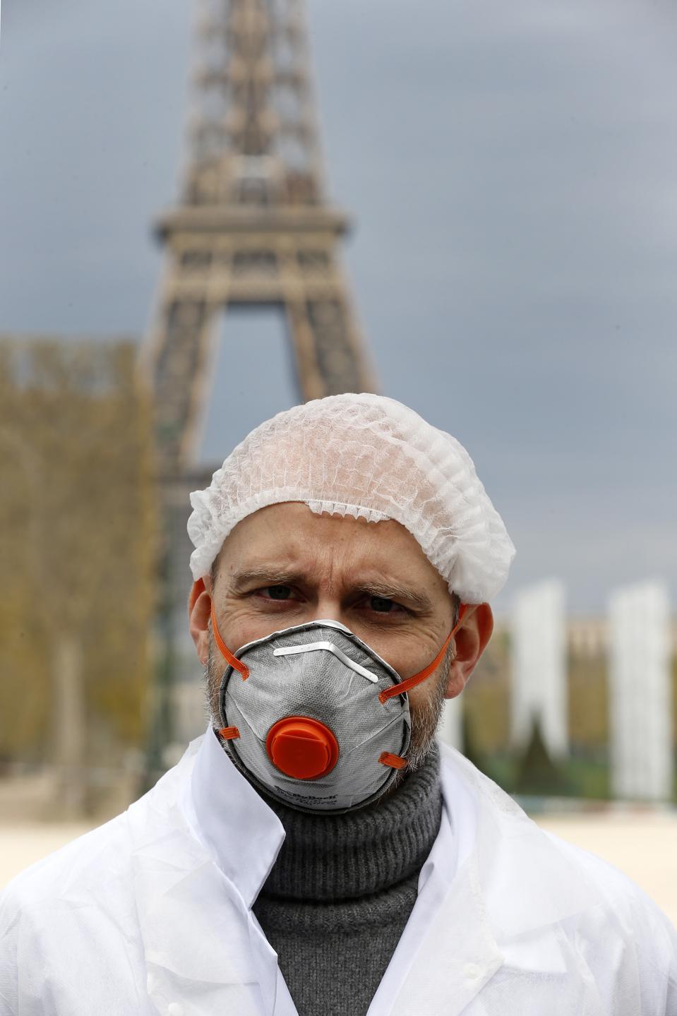 April Will Bring Peak Virus Panic, Analysts Say