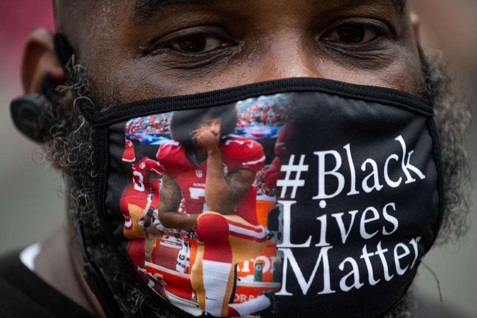 TOPSHOT-us-politics-race-unrest
