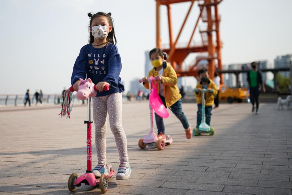 Daily Life In Shanghai After China Declared Epidemic Contained