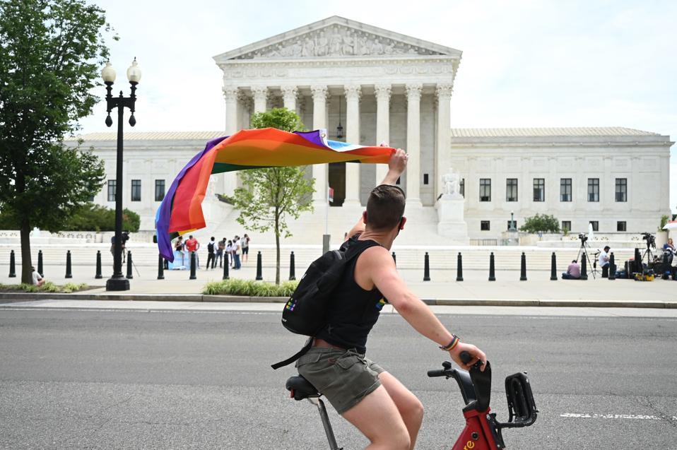 US-POLITICS-COURT-RIGHTS
