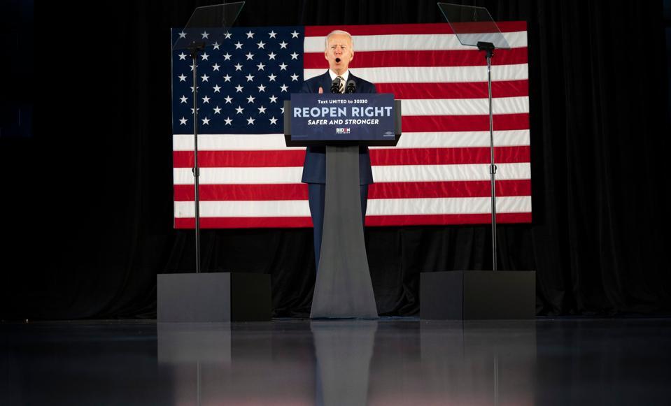 TOPSHOT-US-POLITICS-VOTE-BIDEN-health-virus-pandemic-epidemic-di