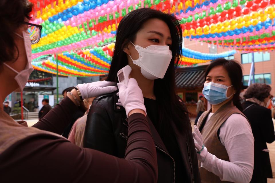 South Koreans Mark Buddha's Birthday Amid The Coronavirus Pandemic