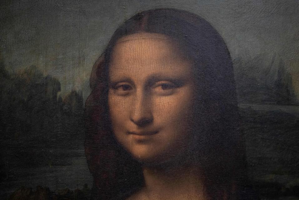 painting of Mona Lisa, woman's head