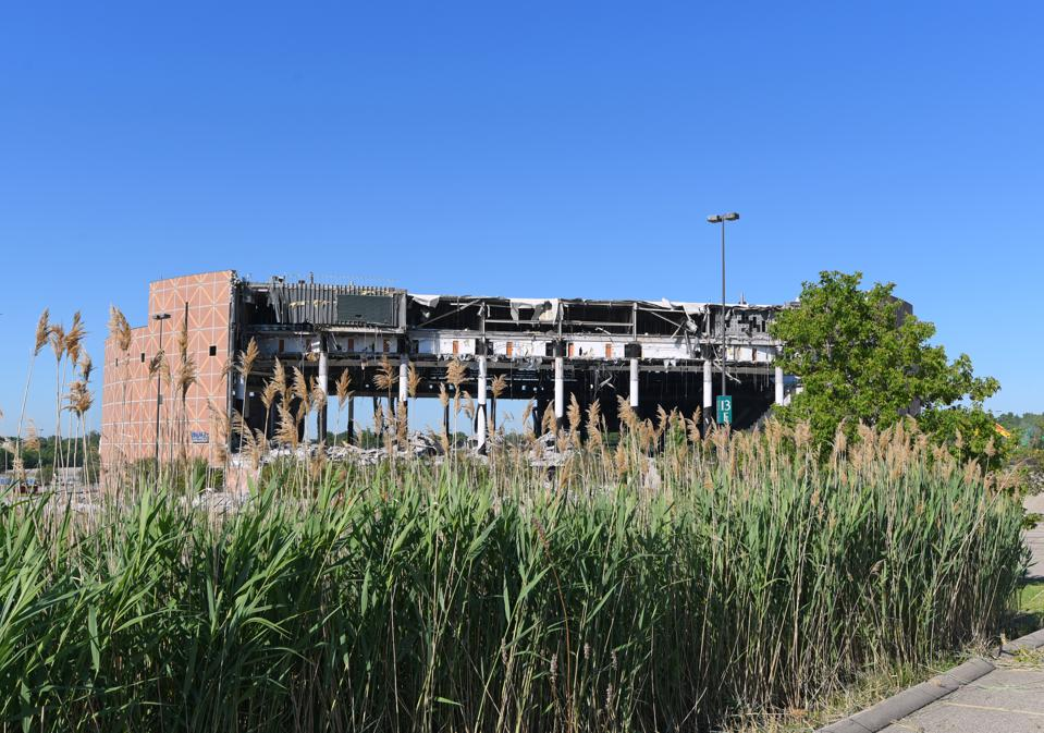 Palace of Auburn Hills Demolition