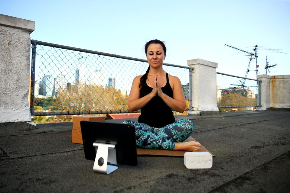 Yoga Teacher Rachel Jane Falconer Gives Online Classes For People Working From Home During COVID-19 Lockdown
