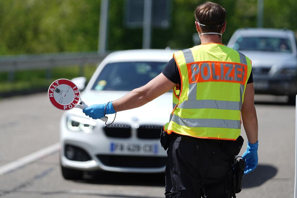 EU Borders start reopening Lockdown Measures Ease summer tourism comeback europe