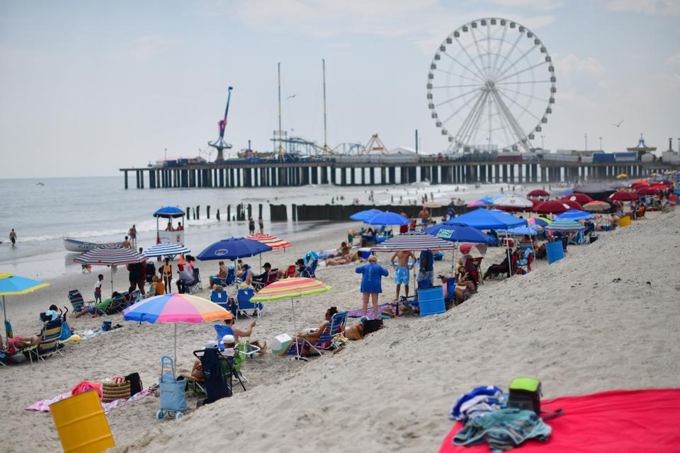 Americans Begin To Celebrate Fourth Of July Holiday Weekend At Jersey Shore