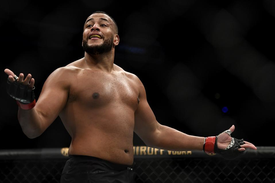 UFC Fight Night: Nascimento v Mayes
