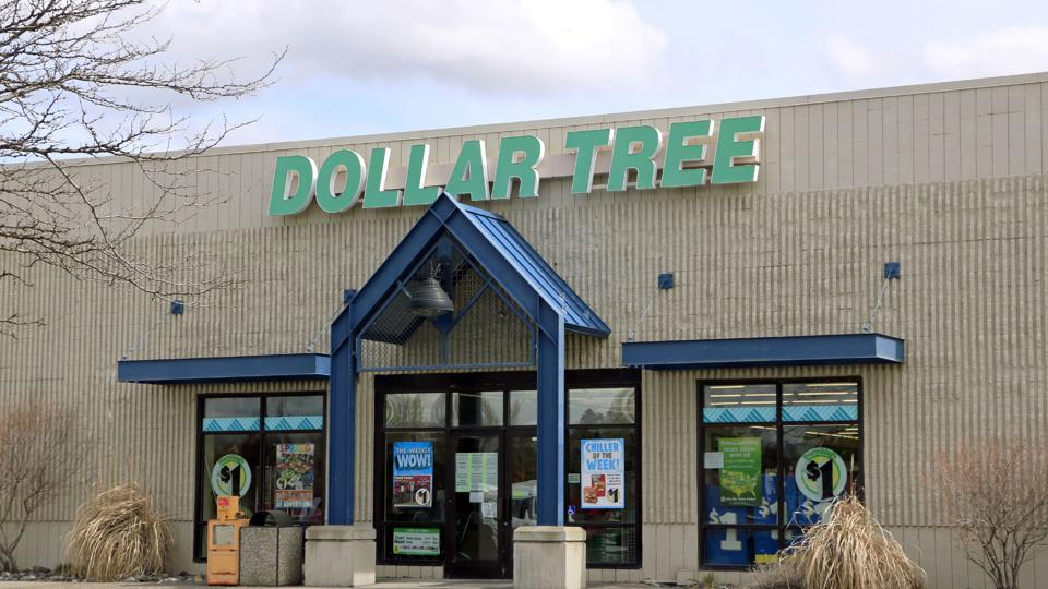 Dollar Tree store entrance