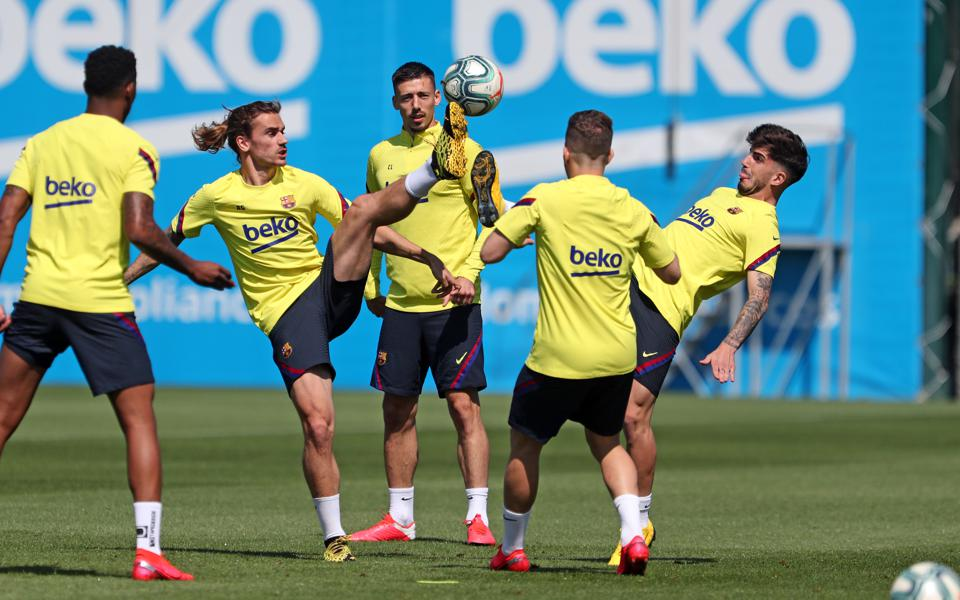 FC Barcelona will have 35 players next season to balance and keep happy.