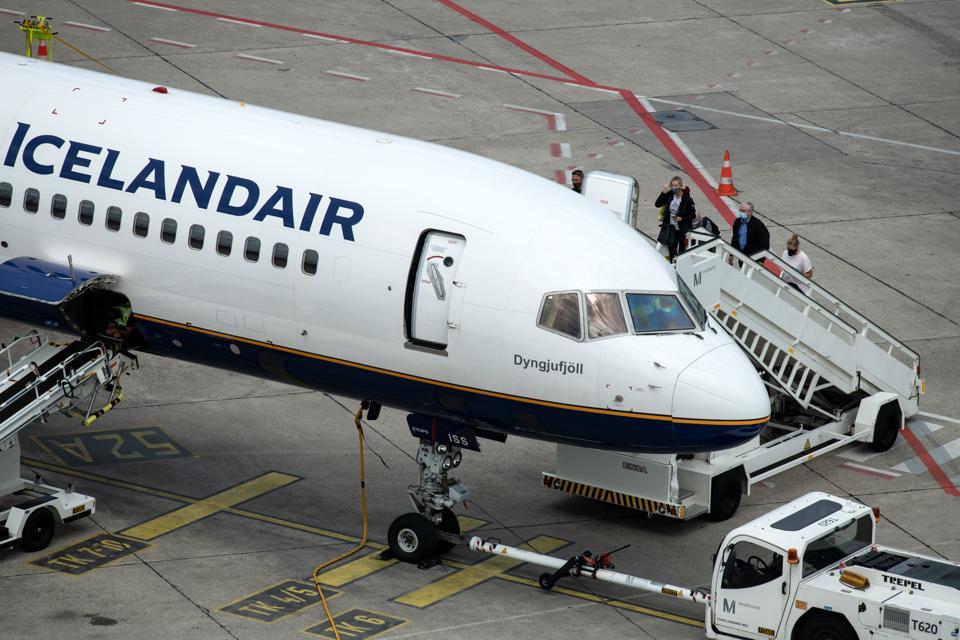 Airport Tegel Icelandair COVID-19 aviation travel coronavirus