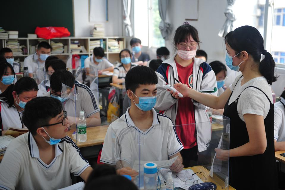 CHINA WUHAN SCHOOLS RESUMING