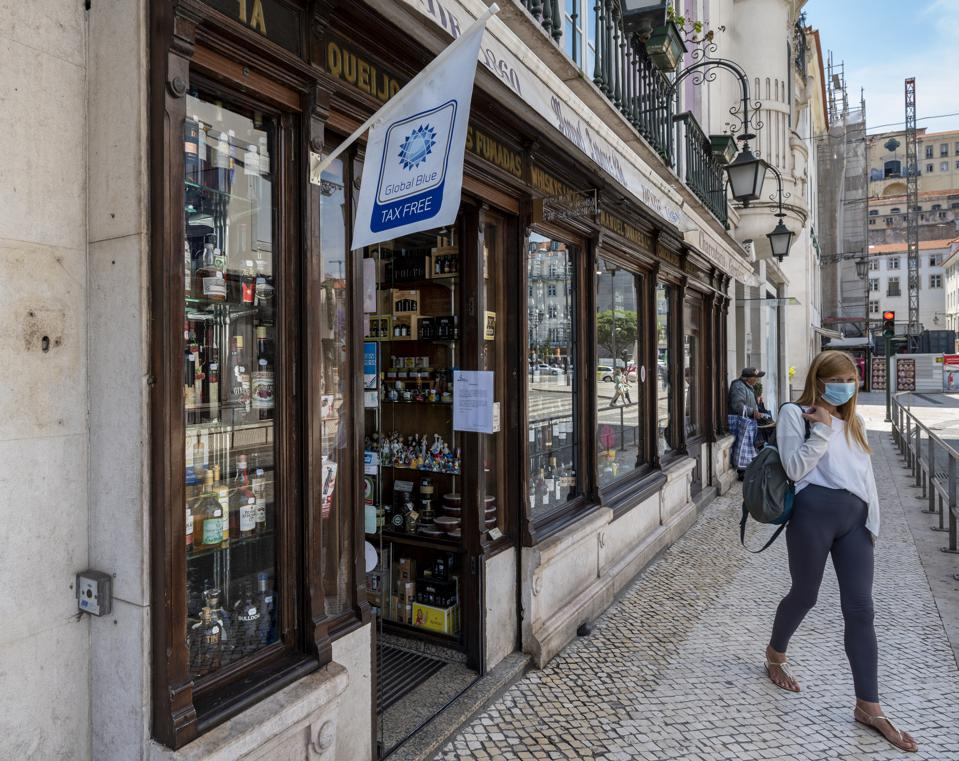 Portugal coronavirus travel bans tourism recovery British UK quarantine
