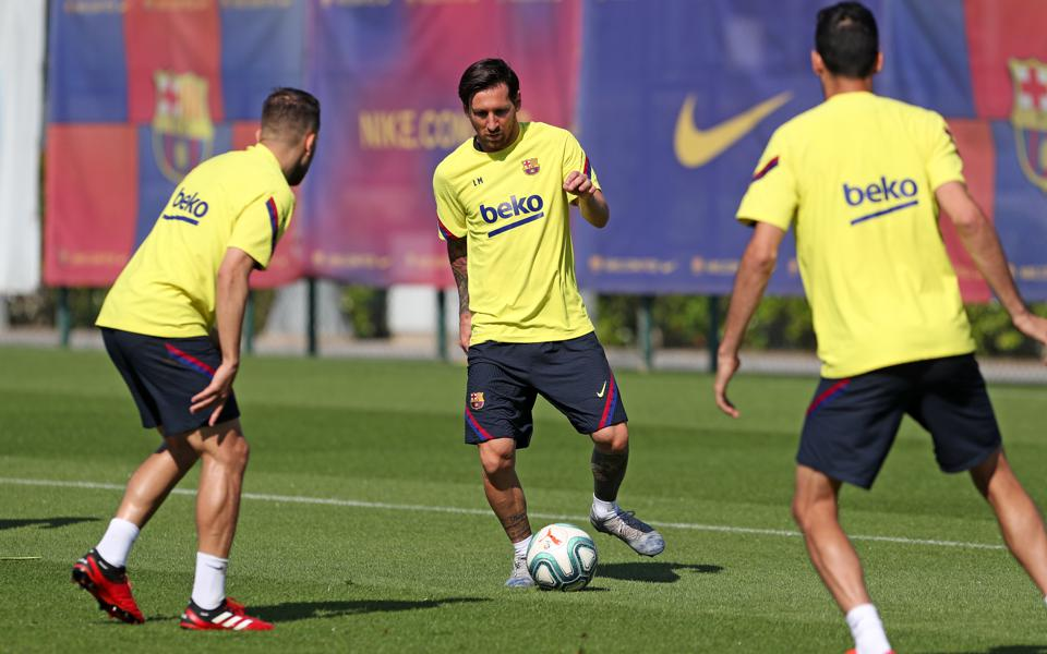 'Like Motorcycles': FC Barcelona Players In Impeccable Shape For La Liga Return