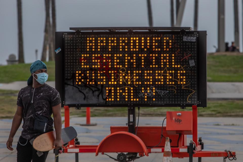 US-HEALTH-VIRUS-CALIFORNIA
